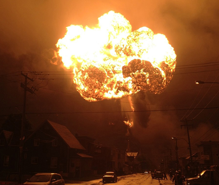 A fireball from the Lac-Mégantic train derailment. (photo credit: Public Herald, Creative Commons 2.0)