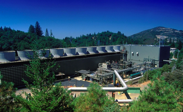 Geothermal energy plant at The Geysers near Santa Rosa in Northern California, the world's largest electricity-generating geothermal development. (NREL photo)
