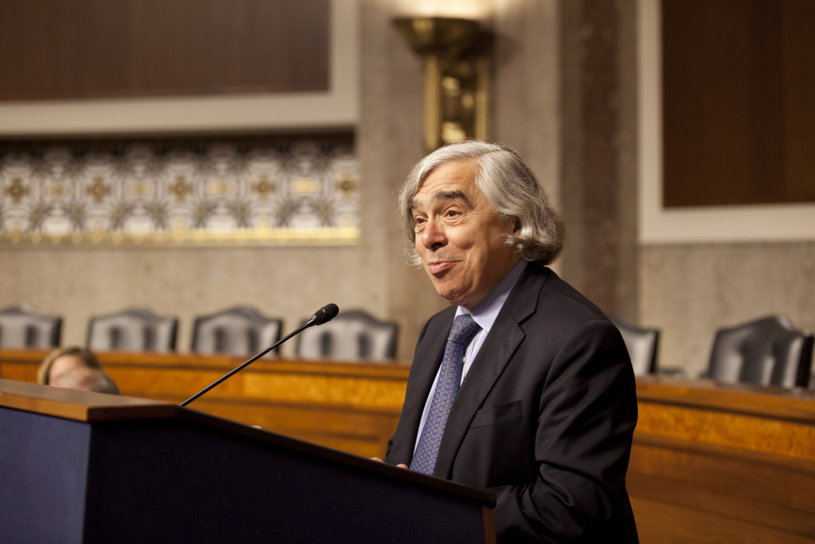 At the September 2014 National Lab Day on Capitol Hill, Secretary Moniz welcomes directors from the national laboratories and thanks Senators Durbin and Risch for their support of the national laboratory system. (Photo by Sarah Gerrity, DOE)