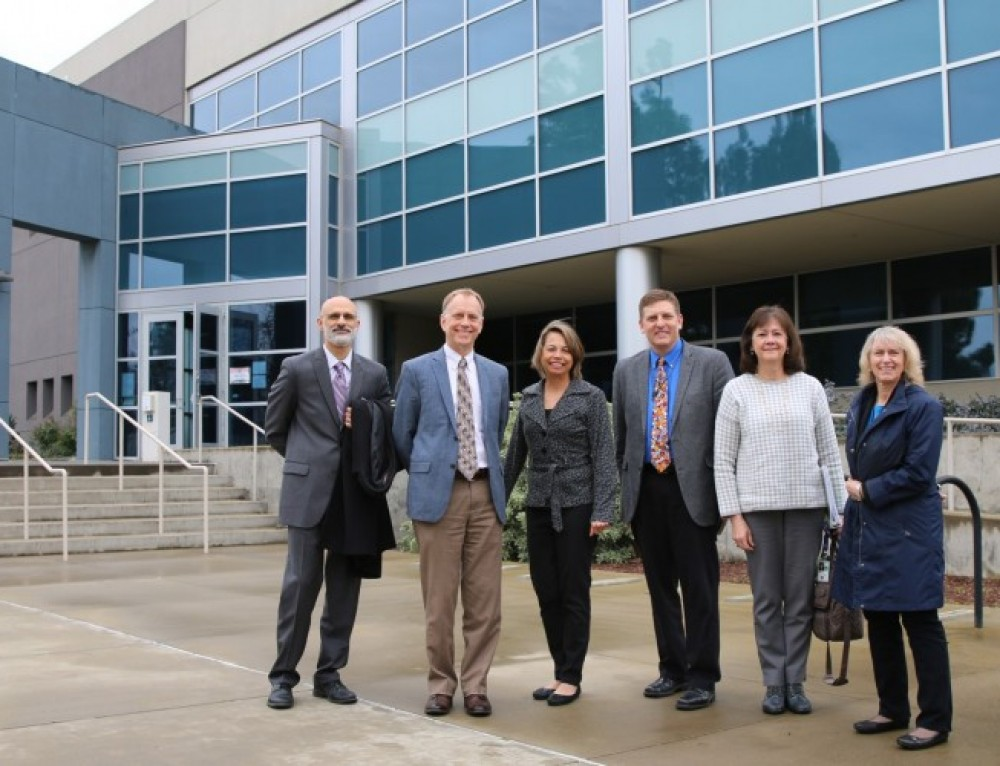 DOE officials learn about Sandia cyber and energy programs