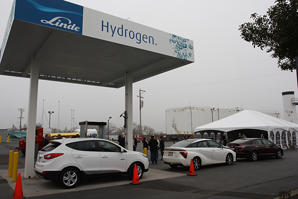 A new agreement between Sandia and Linde LLC will focus on performance-based design approaches to commercial hydrogen fueling stations and may lead to their proliferation. In December, Linde opened this hydrogen fueling station in West Sacramento, the first-ever, fully certified station of its kind. (Photo courtesy of Linde LLC)